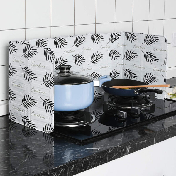 Aluminum Foil High-temperature cooking Nordic kitchen tool foil oil baffle gas stove heat insulation board